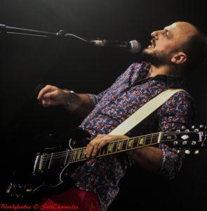 Technique de jeu de guitare signé Antoine Schoumsky