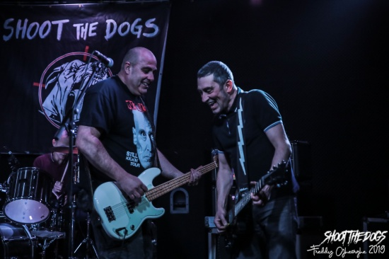 1 SHOOT THE DOGS 2019 (6)
